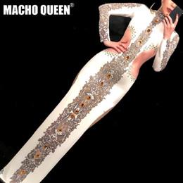 Vestidos de la pista de la demostración de manera online-Sexy Drag Queen Disfraces Jewelry Party vestido largo Celebrity Runway Outfit Stage Dance Wear Disfraces para cantantes Fashion Show