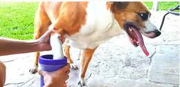 Escova de petinho macio on-line-2019 Escova De Silicone Macio Pet Foot Washer Cup Cão Filhote de Cachorro Pé Lavador de Ferramentas de Lavagem Suja Macio Pet Squeeze Mão Pé Copo De Limpeza Top Qu