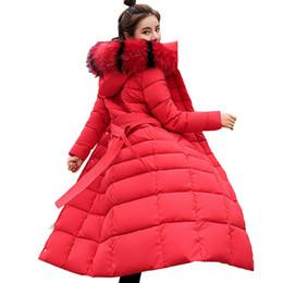 Coreano moda casaco longo on-line-Mulheres da moda Para Baixo Parka Mulheres Cor Gola Nova Coreano Super Longos Casacos Senhoras Magro Cap Mangas de Algodão Quente casaco