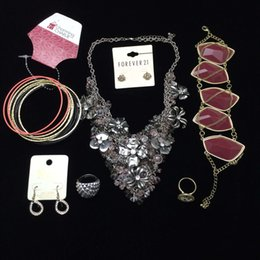 Wholesale Necklace Packing - Wholesale 100~150 pieces mixed jewelry of pendant necklaces earrings finger rings for women European style packed in carton cheap
