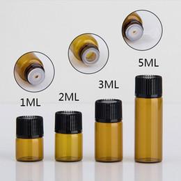 piccole bottiglie di dropper Sconti 1ml 2ml 3ml 5ml Amber Dropper Mini bottiglia di vetro con display per olio essenziale Flaconcino di profumo per il siero Piccolo contenitore per campioni