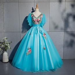 2019 belle costume blu abito blu manica a palloncino ricamato a farfalla lago abito rinascimentale medievale Queen cos abito vittoriano / Antoinette / Belle ball belle costume blu economici