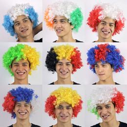 tazze da party divertenti Sconti Coppa del mondo Bandiera nazionale Colore Parrucca Fan Forniture per feste Testa di esplosione Festival di Carnevale Puntelli Giocattoli divertenti