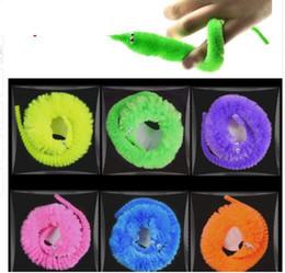 magia magica Sconti Cute Magic Worm Magician Trick Twisty Peluche Wiggle Animali Street Toy Favore di partito 100pcs 1 lotto KKA5975