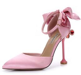 agua una seda Rebajas 2017 nueva cabeza redonda sandalias de seda zapatos de alta comercialización de una sola palabra hebilla talón de agua tacón pajarita decoración de metal asakuchi zapatos