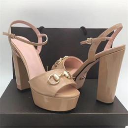 4324c7925 2018 Clássica Sandálias de Salto Alto Mulheres Peep Toe Plataforma Novo  Designer de Sapatos de Verão Modelos de Tira No Tornozelo Calçados  Sandálias Sapatos ...
