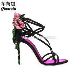 Seide hochzeit sandalen online-Großhandel Damen Runway Schuhe Sommer schwarz rot rosa Seide Hochzeit High Heels Knöchelriemen Schmalband Rose Flower Sandalen Frauen
