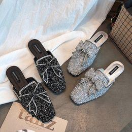 Baotou halbe Hausschuhe 2018 Frühling koreanische Super Flash Diamanten rutschfeste flache Schuhe Schuhe Frauen tragen Trend Bogen von Fabrikanten