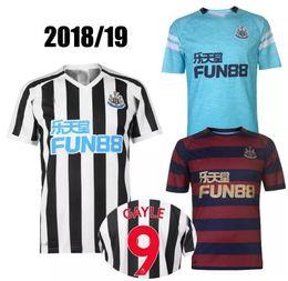 7355aa310 Newcastle United Soccer Jersey 2018 19 Lascelles Gayle Ritchie Atsu Ayoze  Personalizar Local Visitante 3RD 18 19 Adult Football Shirt Ofertas de  camisetas ...