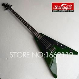 Canada Usine de livraison gratuite Custom Flying V basse 4 cordes guitare électrique battant corps en forme de V Toutes les couleurs sont disponibles instrument de musique Offre