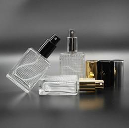 2018 nouvelle vente chaude 30ML Mode Portable Trranparent Verre Rechargeable Bouteille De Parfum Avec Atomiseur En Aluminium Vide Cosmétique ? partir de fabricateur