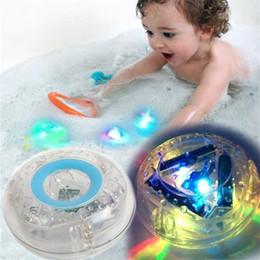 2019 nuevos juguetes de tina Nuevo LED Juguetes de baño Fiesta en la bañera Luz impermeable Baño divertido Bañera de tina LED Juguetes de luz para niños Bañera Niños Tiempo divertido OTH543 nuevos juguetes de tina baratos