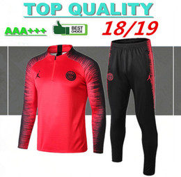 1e18942ab Chinos Traje de entrenamiento de fútbol de calidad superior 2018 PSG manga  larga MBAPPE CAVANI Camisetas