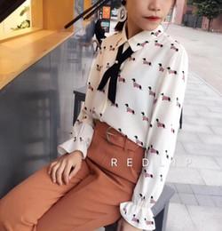 2019 blusa de cães Nova Moda Primavera Senhoras Soltas Chiffon Doce Cão Impresso Bow Tie Full Flare Manga Camisas Femininas Casual Blusa Tops Ternos