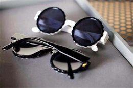 Pizzo di moda online-nuove donne di moda occhiali da sole firmati di marca 5485 occhiali da sole con montatura rotonda in pizzo moda spettacolo design stile estivo con custodia originale