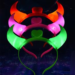 leichte haarbänder Rabatt Ox Horn Stirnband Halloween LED Leuchten Haarband Vier Farben Kunststoff Kopfband Kostüm Party Zubehör
