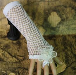 robe de mariage Promotion nouvelle robe de mariée de mariage vintage européenne et américaine chaude avec un anneau de bracelet en dentelle blanche