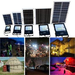 2019 kampierende flutlichter Outdoor Solar LED Flutlicht 100W 50W 30W 70-85LM wasserdicht IP65 Beleuchtung Flutlicht Garten Camping Rasen Lampe mit Fernbedienung Contorller günstig kampierende flutlichter