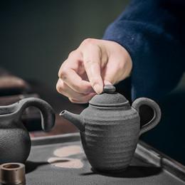 Teiere nere online-160ml Black Ceramic Beauty a forma di spalla Gongfu teiera Teiera con filtro da viaggio Teaware 5.41oz