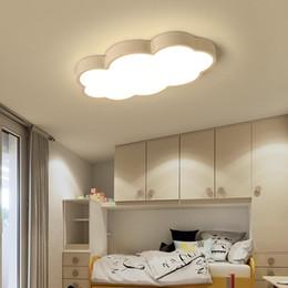 Plafón rosa online-Nubes Luces de techo modernas para el dormitorio del estudio Habitación para niños Habitación para niños Rom hogar Deco Lámpara de techo blanca / rosa / azul