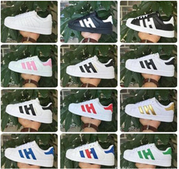 Wholesale Female Sneakers - Fashion mens Casual shoes Superstar smith stan Female Flat Shoes Women Zapatillas Deportivas Mujer Lovers Sapatos Femininos Sneakers