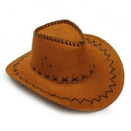 Conception de chapeau de robe en Ligne-Retail-New Design Cowboy Chapeaux Suede Look Wild West Fantaisie Populaire Robe Hommes et Dames Cowgirl Unisexe Chapeaux Livraison Gratuite