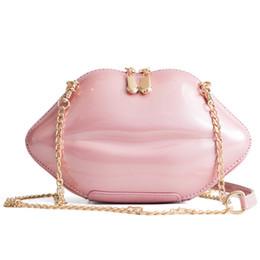 d851917a9dc19 Heißer Verkauf 3D Lip Messenger Bags Frauen Mini Mode Crossbody Taschen  Damen Designer Umhängetasche Weibliche Luxus Bolsa Feminina crossbody  taschen lippen ...