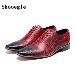 SHOOEGLE Männer Rot Luxus Klassische Business Schuhe Hohe Qualität Leder  Oxfords Schuhe Lace-Up Retro Bullock Design Männer Oxfords günstig retro  oxford ... 1f4037d2c3