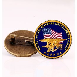 Wholesale flag pin badges - SUTEYI New USA Flag Badge Brooches Lapel Pin Country Badges Round Glass Pins Patch Brooch Patches Women Gift Handmade Jewelry