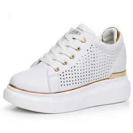 Canada Sneakers Blanc Chaussures Femme Dames Casual Schoenen Vrouw Chaussures Talons Compensés Tenis Feminino Zapatos Mujer Plateforme Plate Dames Schoenen Chaussures cheap ladies wedges sneakers Offre