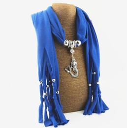 encantos cuadrados de tela Rebajas Sirena Colgante Borla Bufanda Mujeres Calientes Bufandas de Poliéster Aleación Colgante Collar Bufandas Chal Abrigos Accesorios de Moda 12 Color