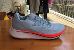 Wholesale Quality W - 2018 TOP quality Air Zoom Vaporfly Elite Casual Shoes Zoom 4% Fly SP Breaking 2 Brand Sneakers Men Sports Shoes Light Energy Boot US7-11
