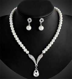 Wholesale Bridal Pearl Necklace - Bridal Jewelry Sets Earrings Necklace Rhinestone Faux Pearls Crystal Bridal Prom Party Pageant Girls Wedding Accessories