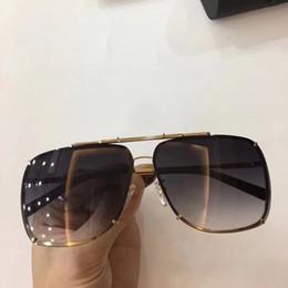 Wholesale vintage shield sunglasses - Luxury 2076 Sunglasses For Men Popular Designer UV Protection Men Brand Designer Vintage Square Full Frame Top Quality Come With Case