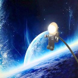 luz de noche astronauta Rebajas Cool Astronaut Spaceman USB LED Luz de noche ajustable para computadora PC Lámpara Luz de escritorio Blanco puro