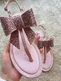 Wholesale embellished sandals - 2018 Newest High Quality RENE CAOVILLA COLORFUL EMBELLISHED SILVER HIGH HEELS THONG SANDAL With Original Box