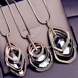 Wholesale Sweaters Wholesale Design - Luxury Brand Geometric Necklaces Fashion Design Crystal Statement Necklace 30 Inches Long Punk Style Sweater Chain 3 Colors
