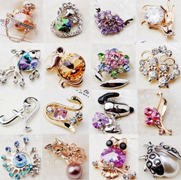 asian figures Promo Codes - 10pcs lot Mix Style Fashion Crystal Jewelry Brooches Pins For Jewelry Craft Gift BR02* Free Shipping
