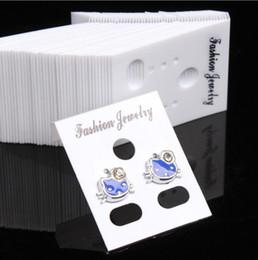 Wholesale 200pcs Tendance Boucle D oreille Organisateur Oreilles Goujons Présentoir À Bijoux En Plastique Boucle D oreille Présentoir Cartes