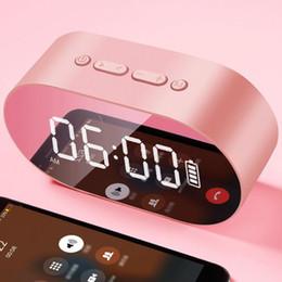 Réveil flash en Ligne-2019 Nouveau P1 Bluetooth Réveil Haut-Parleur Affichage à LED Miroir Numérique Avec Aux Carte TF USB Flash Disk FM Home Office Portable HIFI Haut-Parleur