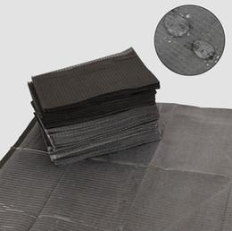 Tatuaje negro desechables baberos dentales papel impermeable 125 unids hojas de barrera toallitas de limpieza 13 x 18 pulgadas para piercing tatuaje accesorios desde fabricantes