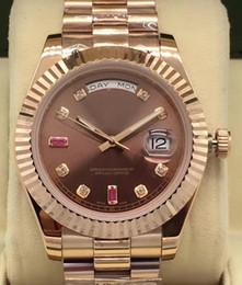 2019 rubine beobachten Luxus 41mm Tag-Datum II Präsident mechanische Mens Armbanduhr 218238 18K Rose Gold Tatsache Ruby Baguettes Zifferblatt automatische Bewegung Uhr günstig rubine beobachten