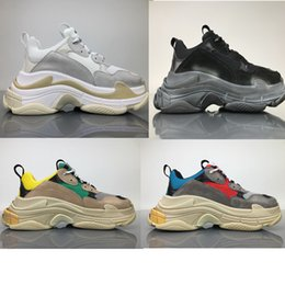 Wholesale Vintage Brown Shoes - 2017 FW Retro Triple S Sneaker Mens Fashion Vintage Kanye West Old Grandpa Trainers Casual Shoes Size 36-45
