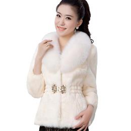 2019 manteaux d'hiver élégants blanc Élégant manteaux en fausse fourrure épaissir chaud Outwear femmes manches longues blanc noir vin rouge, Plus la taille 3XL hiver nouvelle veste de fourrure manteau G871 manteaux d'hiver élégants blanc pas cher