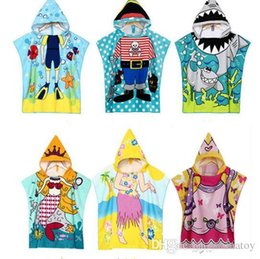 Wholesale toddler animal towels - Bathrobe Towels for Kids Poncho Beach Towel Cotton Softest Quick Dry Hooded Kids Shark Towel for Toddler