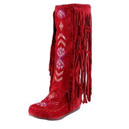 Canada Fashion Nation Style Femmes Fringe Talons Plat Bottes Longues Bottes D'hiver Au Genou Bottes Hauteur Du Talon 1-3cm Vente Chaude Botte cheap flat knee boots sale Offre