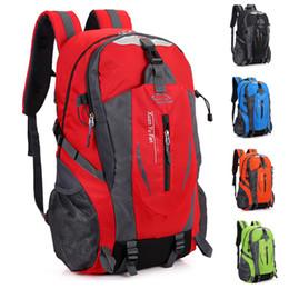 Explosiones para alpinismo al aire libre hombres y mujeres que montan hombros deportes ocio mochila de viaje desde fabricantes