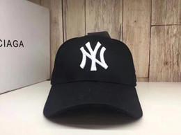 Mlb de beisebol on-line-2018 Moda Feminina Homens Primavera Verão Algodão Adulto boné de beisebol Cor Sólida Ajustável Esporte Chapéu bico de Pato NY E MLB