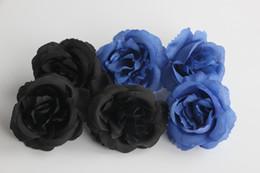 i fiori artificiali sembrano reali Sconti Fiori artificiali Rose nere Real Looking Rose finte Bouquet da sposa fai da te Centrotavola Arrangiamenti Party Home (nero)