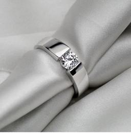 2019 toque para homens ct 0.5 CT Atacado Affordable Lab Criar SONA Simular Diamante Anel de Noivado de Casamento dos homens Anel de Aniversário Para O Homem desconto toque para homens ct